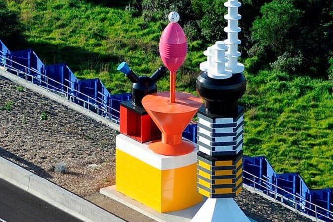 Louise Paramor, Panorama Station 2011, Southern Way McClelland Commission 2010. Image courtesy of Southern Way.