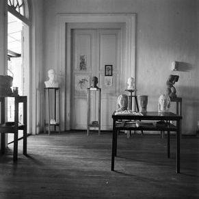 Image: Studio room at 3 St.Thomas Walk, Singapore 1940. Photography © Duldig Gallery Inc.