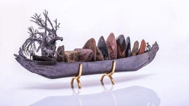 Paul E. MASON (b. 1947), Baudin's Costal Profile Reliquary  2018.  Pewter, wood, resin, Kimberly coastal rocks, diorite, aluminium, gold leaf
