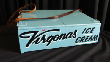 Virgonas Ice Cream theatre usher tray (detail), Mildura Arts Centre Collection. Image: Araco accident, Mildura.