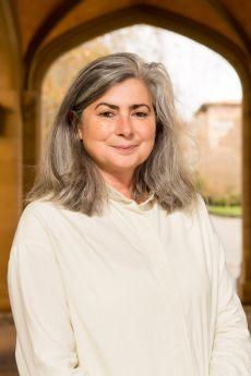 Dr Meredith Martin 3x2