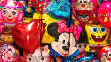 Liu Bolin, Balloon No. 1, 2012 (detail)